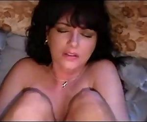 Amateur screaming milf anal